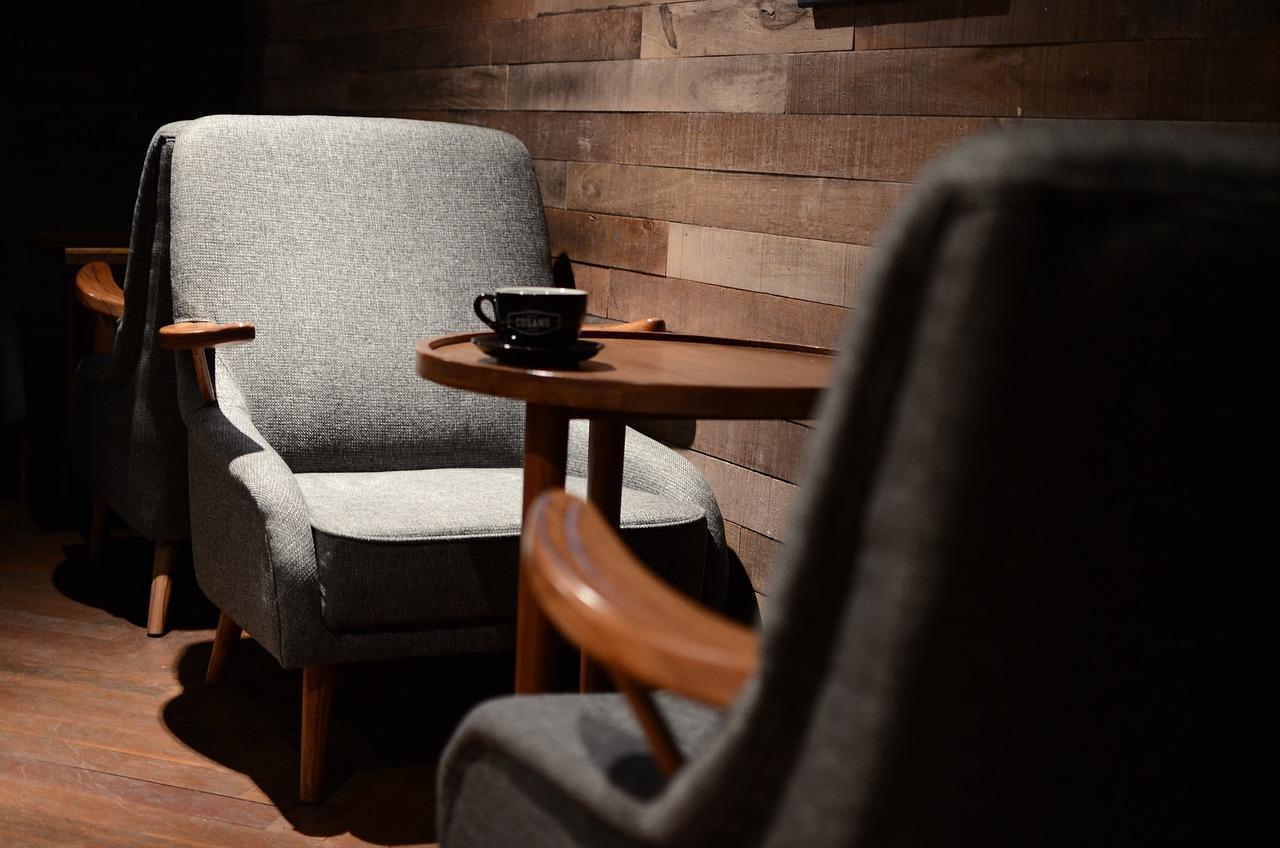 カフェ 椅子