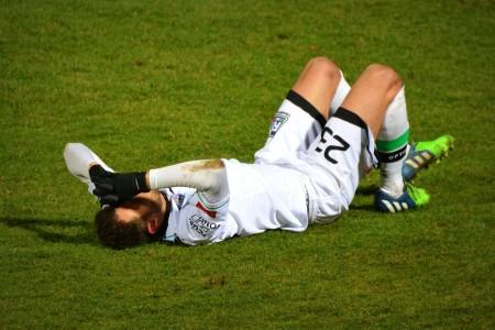 スポーツ傷害とスポーツ外傷、スポーツ障害の違い、わかってますか?|それぞれの特徴まで知っておこう!