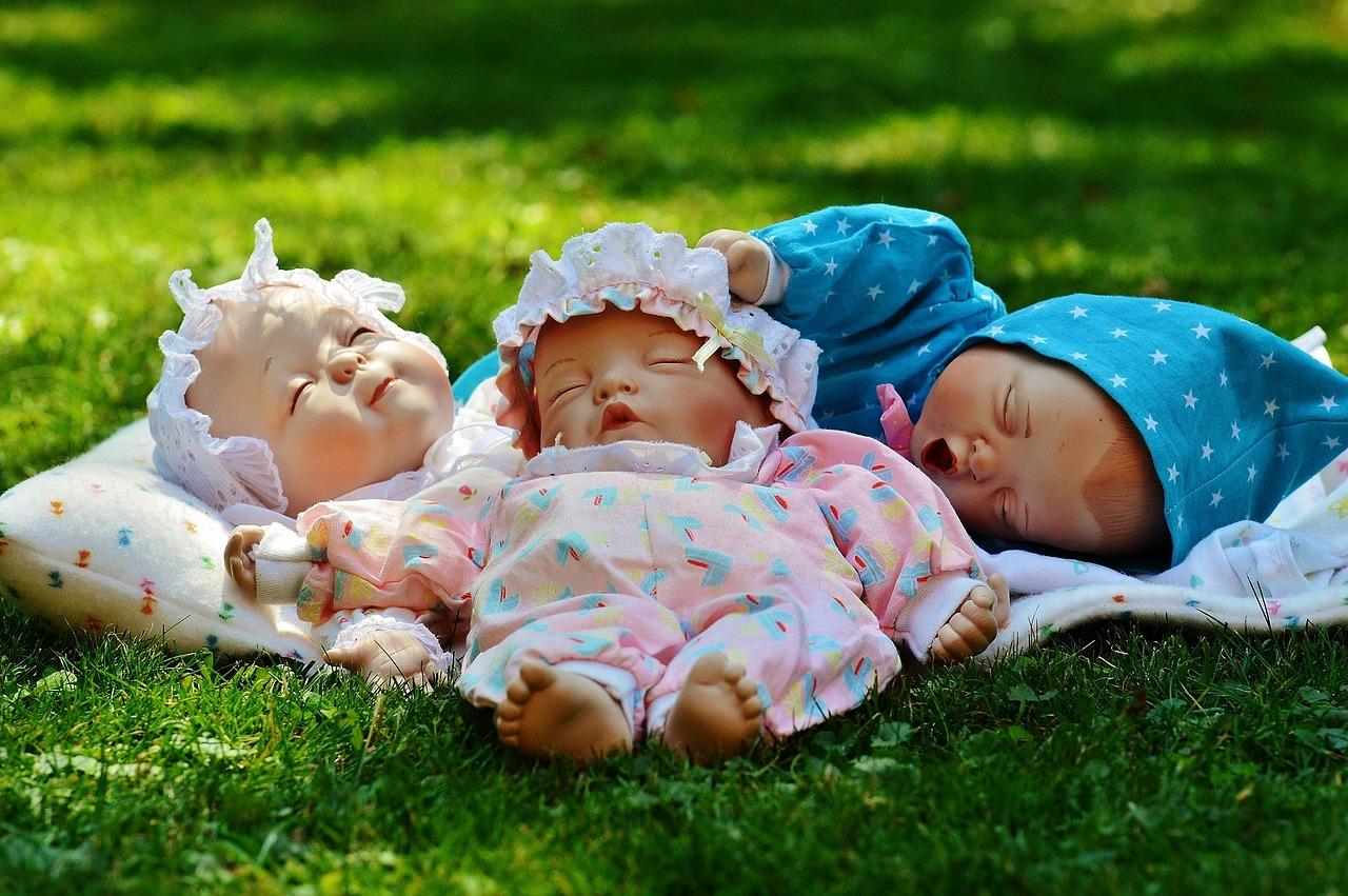 赤ちゃん 人形